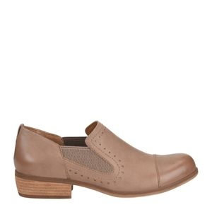 Korks Gertrude NIB taupe slip on shoes